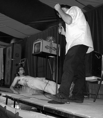 Freakshow Foley on the bed of nails (This photograph is © 2005 by James G. Mundie; reproduction without express permission is prohibited.)